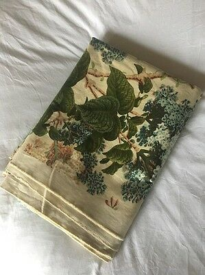 Vintage Colefax And Fowler Lilacs Floral Fabric 1.3 X 4.1m