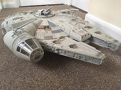 Star Wars The Legacy Collection 2008 Interactive Millenium Falcon With Figure