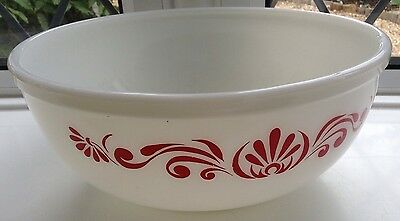 Vintage  Large Pyrex  Mixing Bowl Red Design Used