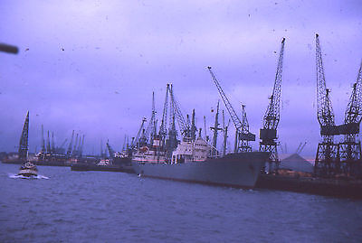 35mm SLIDE :  MARITIME : FREIGHTERS & SHIPPING AT SOUTHAMPTON 1965