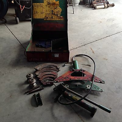 Greenlee 880 Bender 1/2 To 2 Inch Hydraulic Bender With Hand Pump.