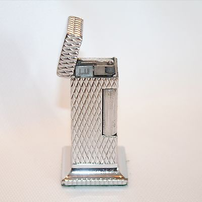 Vintage Diamond Pattern Dunhill Rollalite Table Lighter in Working Condition