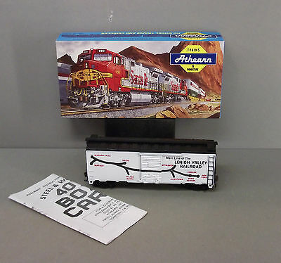 40ft Box Car Kit Athearn HO Scale Train - Lehigh Valley Railroad - (Built Kit)