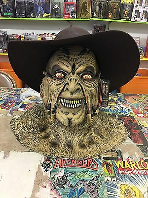 Jeepers Creepers Deluxe Mask And Hat By Trick R Treat Studios