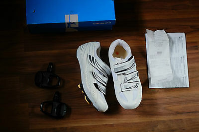 Shimano SH-WR35 ladies cycling shoes pd r540 pedals and cleats, Euro size 40