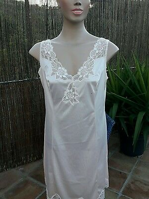Vintage Pretty French Peach Colour Slip/nighty