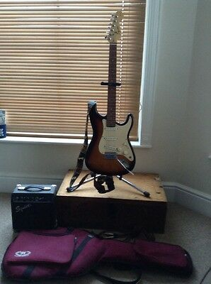 squire strat Guitar (by Fender)