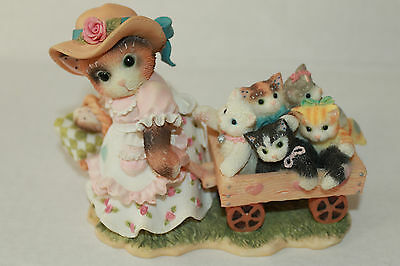 Calico Kittens Mom Maker Of Miracles Figurine