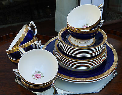 Antique English Pottery : A lavishly gilded quality Tea Ware by Crown Ducal