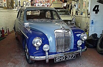 1957 MG Magnette ZB 'Show quality' Sports Saloon!