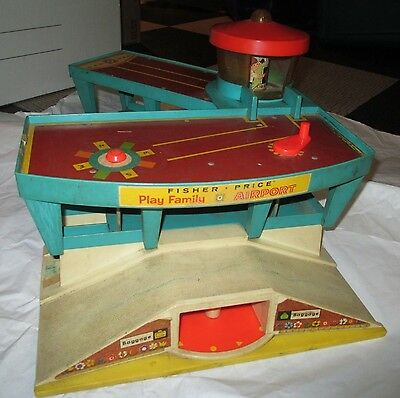 Vintage Fisher Price - Little Peoples Airport Terminal Garage 1972 Play Family