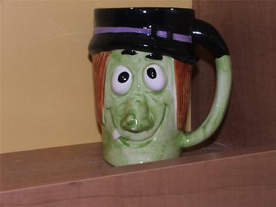 """HALLOWEEN WITCH DECORATIVE COFFEE MUG GREEN / BLACK with FACE, 5"""" HIGH"""