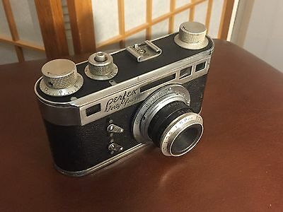 VINTAGE 1930's PERFEX FORTY FOUR CAMERA AND ORIGINAL LEATHER CASE