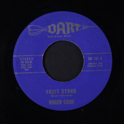 ROGER  CASH: Fruit Stand 45 Hear! (rare novelty Funk about fruit) Funk