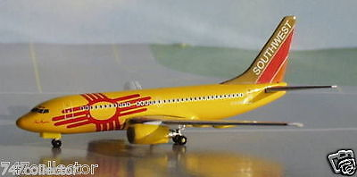 Gemini Jets Southwest Airlines B 737-7H4 1:400 - GJSWA283 New Mexico One N781WN