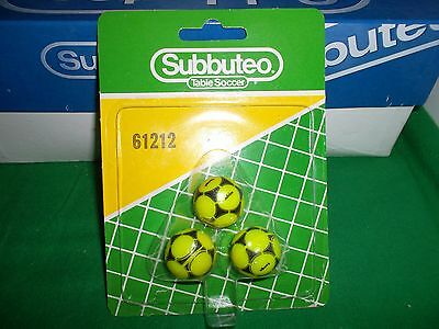Subbuteo  'lime Green' Tango Balls X3 , Ref 61212   In Very  Good Condition