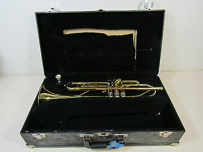 Holton T602p Serial # 989379 Trumpet Vincent Bach &c Mouthpiece In Hard Case