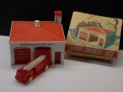Vintage 1950's Plasticville USA Red Fire House & Fire Truck Train Building Kit