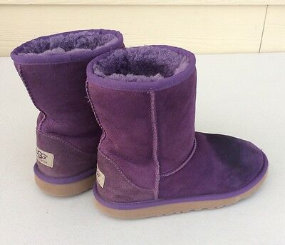 Ugg Classic Short Suede Boots  Plum Purple Girls Youth Size 3