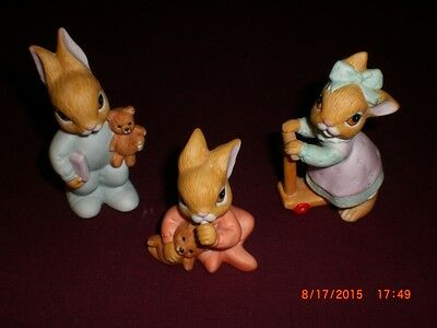 Homco Playtime Bunny Rabbit Figurines Set Of 3 # 1466 Reading Scooter Sitting