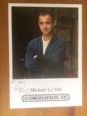 "Michael Le Vell Coronation Street Pre-Printed Signature Cast Card 6"" X 4""."