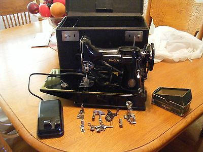 Vintage Singer 221 Featherweight Portable Sewing Machine W/attachments