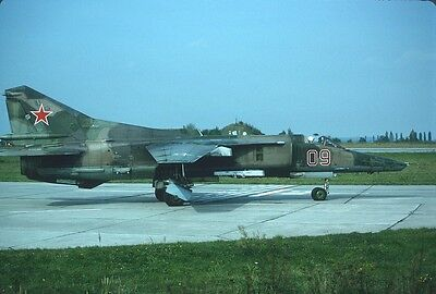 Original Kodak aircraft slide,MIG-27M 09 red at Grossenhain/1-Oct-1992