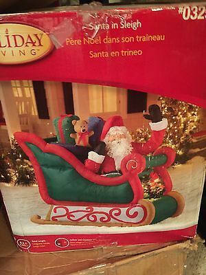 Gemmy Airblown Realistic Santa In Sleigh Christmas Inflatable
