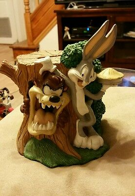 Looney Tunes Taz And Bugs Bunny Bank