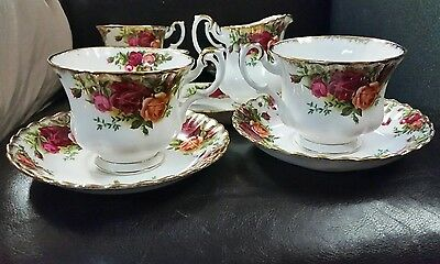 Royal albert old country roses tea set for 4 - (11 piece set)
