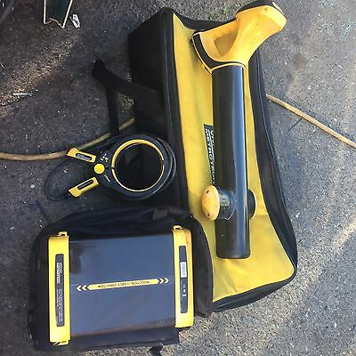 Vivax metrotech pipe & cable locater VLoc 9800, w/ transmitter , receiver & more