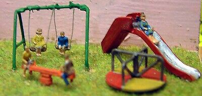 Children's Playground and Figures. N Scale 1:148 UNPAINTED A82