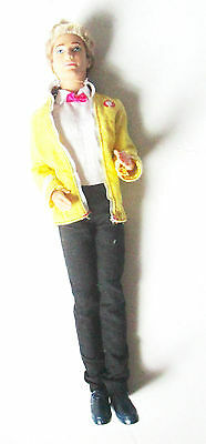 Collectible Fashionista Swappin' Styles Ken Doll