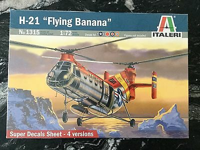 """Italeri 1/72 H-21 """" Flying Banana """" Helicopter W/ Canadian Markings # 1315 F/s"""