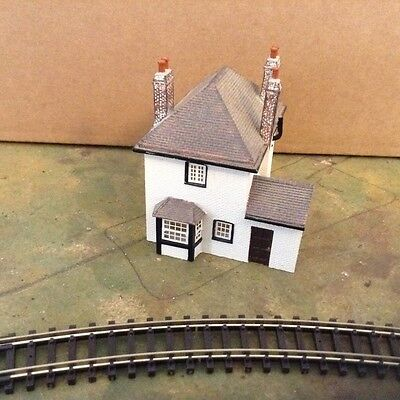 Hornby/Lyddle End N Gauge White Cottage