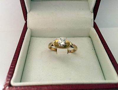 18 ct YELLOW GOLD  DIAMOND SOLITAIRE  RING SIZE J