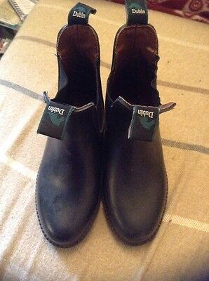 Junior Brown Short Riding Boots Size 28 (10)