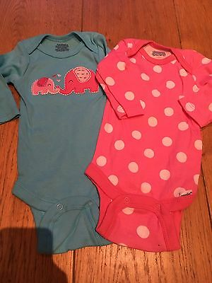 Brand New Body Suits 0-3 Months Gorgeous Elephants Girls Gerber (american Brand)