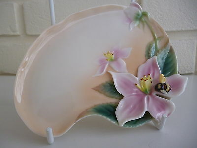 Franz Porcelain Flower Tray With Bumble Bee Signed Jen Woo