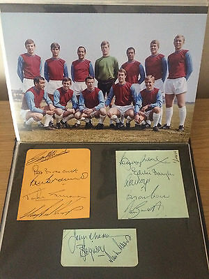 West Ham United Autograph - Bobby Moore
