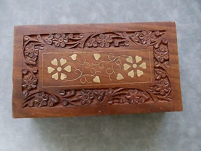 VINTAGE  Wood Hand Carving Brass Inlaid 3 COMPARTMENTS Jewelry / Trinket Box