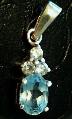 Solid sterling silver 925 blue topaz & cz cubic zirconia pendant / charm