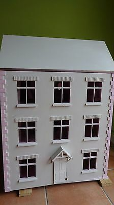 wooden dolls house 1/12 scale (with furniture)