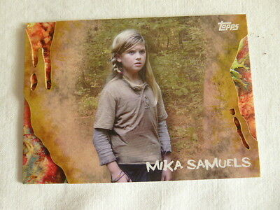 The Walking Dead Survival Box Parallel Base Card #30 Infected 23/99 Mika Samuels