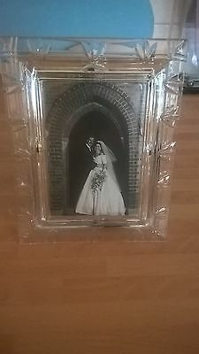 Royal Doulton Lead Crystal 'Laura' photo frame