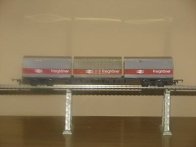 freightliner containers car  3  x  20 feet   TRIANG tri-ang HORNBY