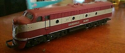 Hornby 1977a Diesel Electric Locomotive Images