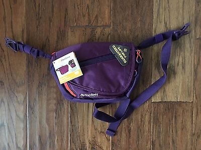 NNT Outdoor Products Marilyn Waistpack - Blackberry Cordial 1.9 Liter Capacity