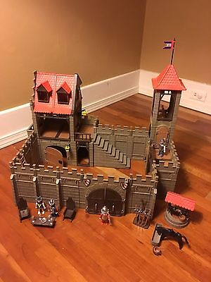 Vintage Playmobil Medieval Knights Castle 3450. Great Condition!