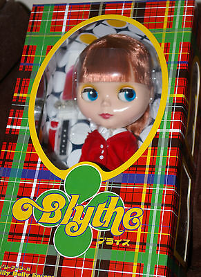 """Blythe Piccadilly Doll Encore 12"""" Brand New"""